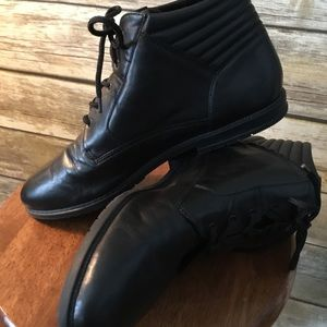 Laura Scott Black Leather Ankle Boots